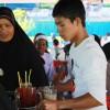เยาวชนมุสลิมบ้านเกาะใหญ่ ร่วมมือร่วมใจกันจัดงานการกุศลของมัสยิด