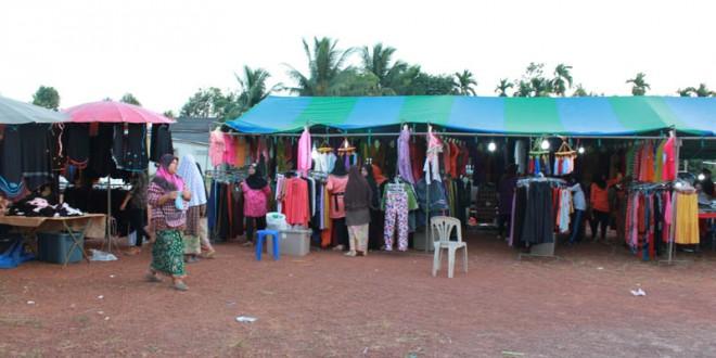ร้านค้า ภายในงานการกุศล มัสยิดฮิดายาตุดดีนียะฮ์